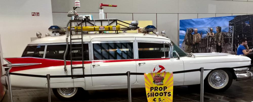Nachbau des Fahrzeugs der Ghostbusters