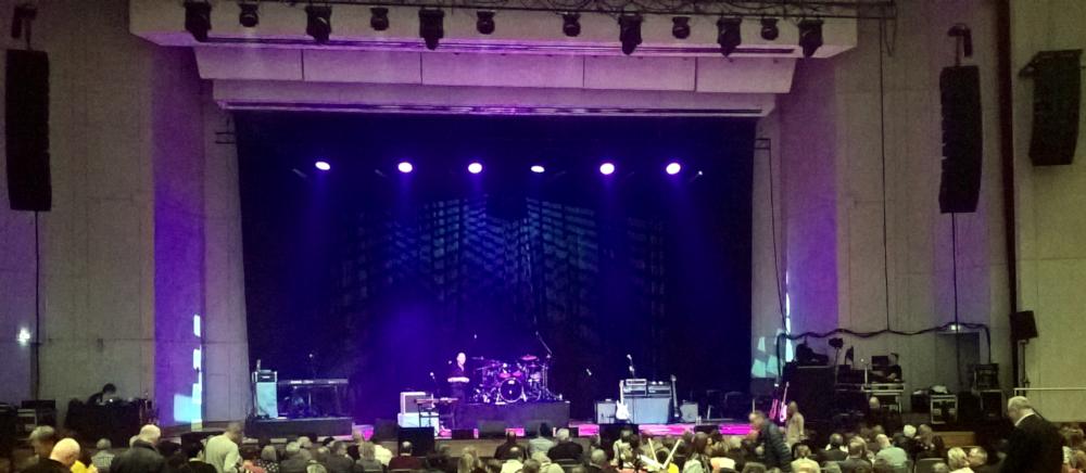 Mike & The Mechanics live